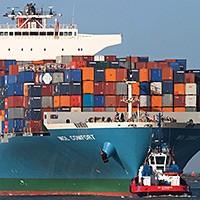 MOL wzmacnia kontenerowce