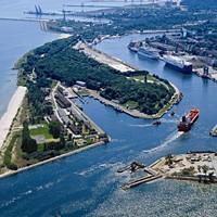 Port gdański widzę ogromny