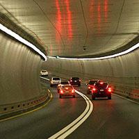 Z nadzieją na tunel