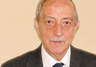 Prof. Andrzej Grzelakowski, kierownik Katedry Logistyki i Systemów Transportowych Akademii Morskiej w Gdyni